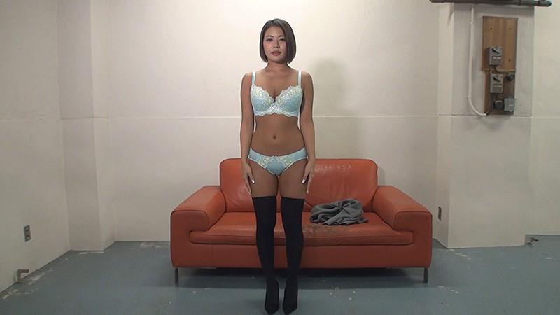 素人娘の全裸図鑑11 今時の女の子13名が恥らいながら脱衣していく様子をじっくり撮影した、変態紳士のためのヘアヌードコレクション キャプチャー画像 15枚目