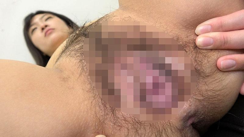素人娘の全裸図鑑19 今時の女の子11名が恥らいながら脱衣していく様子をじっくり撮影した、変態紳士のためのヘアヌードコレクション キャプチャー画像 14枚目