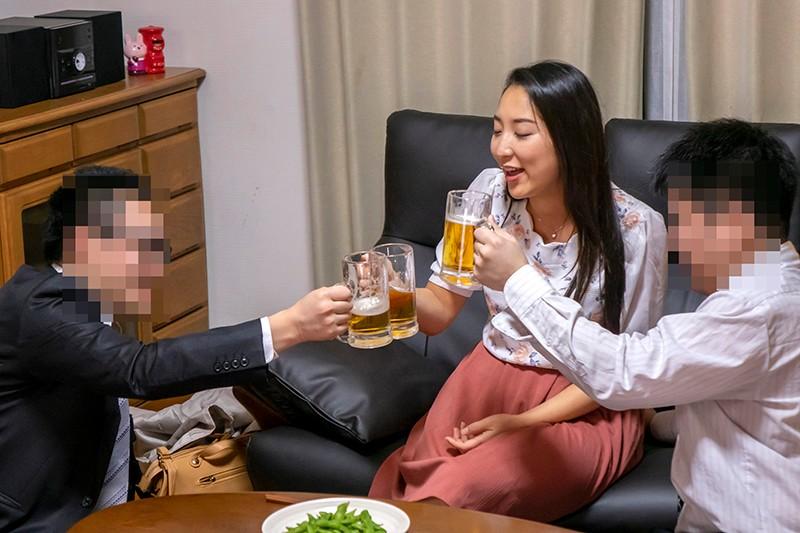 職場の親睦会で飲み過ぎたパート人妻さんをお持ち帰りして宅飲みでナマまんゲットした盗撮素材をせっかくなのでそのままAV転売します キャプチャー画像 12枚目