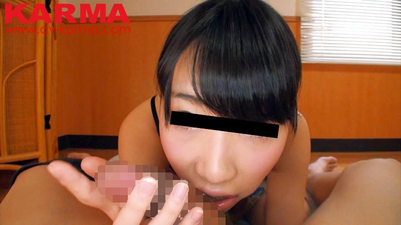 「カメラから目線外しちゃダメよ!!」素人娘のカメラ目線でゆ〜っくりね〜っとり濃厚フェラチオ! 画像1