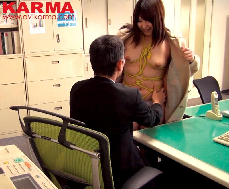 【巨乳】 某大手企業 役員撮影流出 私は社内での立場を悪用して部下の弱みを握り それをネタにその妻を性奴隷にしています。 キャプチャー画像 7枚目