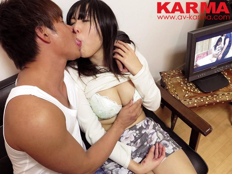 KARMAナンパ隊が行く! 素人NTR中出しナンパ!カップルをナンパして彼氏が別室でデレデレ浮気している映像を見せ付けて彼女を寝取っちゃえ! 4枚目