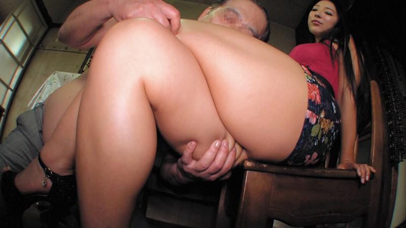 乳首びんびんドスケベ介護士 でか乳輪ガチムチ猥褻ボディの淫乱痴女 の画像8