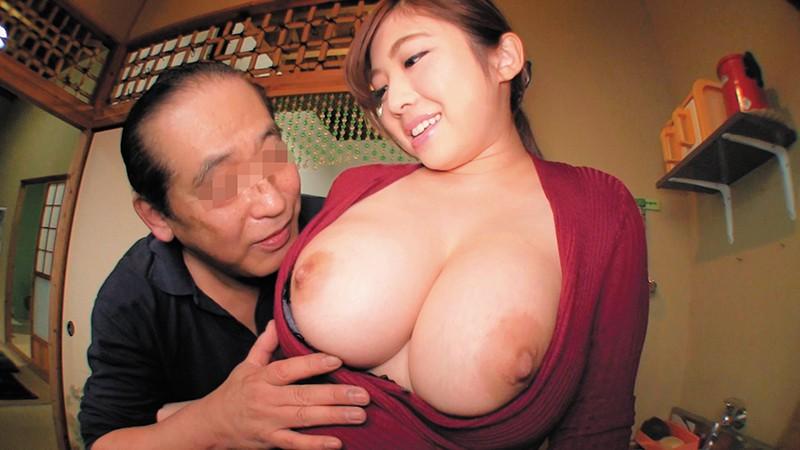 乳首びんびんドスケベ介護士 でか乳デカ尻の肉弾ボディ淫乱露出痴女
