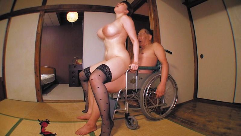 乳首びんびんドスケベ介護士 でか乳でか尻のマラ好き最強淫乱痴女10
