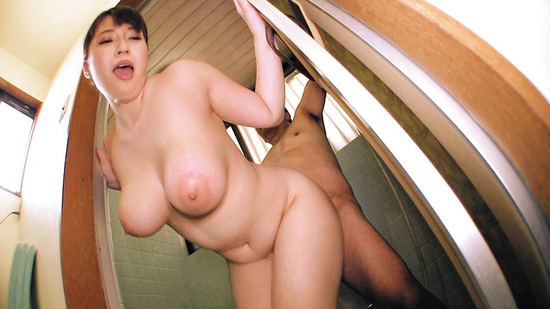 乳首びんびんドスケベ介護士 でか乳でか尻のマラ好き最強淫乱痴女5