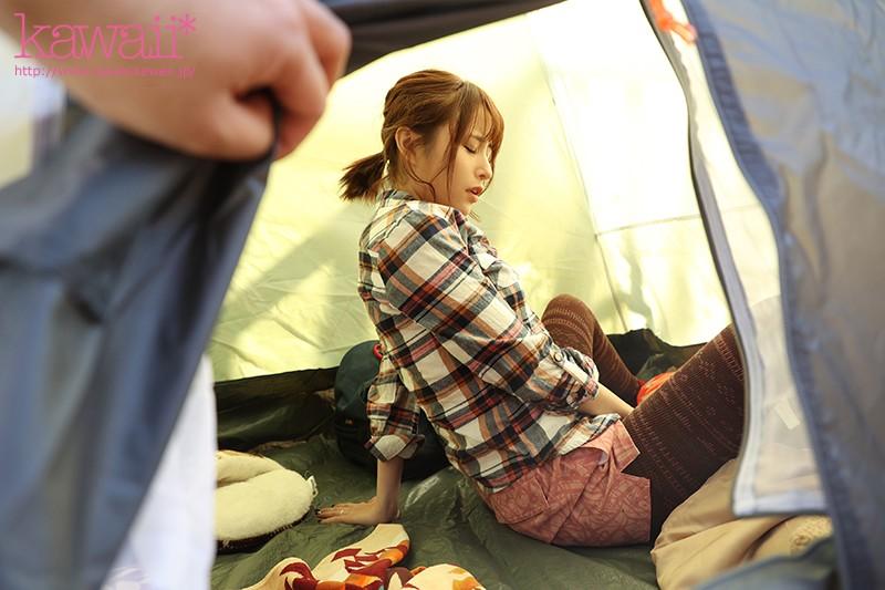 【VR】ソロキャンプに来ていた訳アリ人妻と狭いテントの 中で密着セックスに明け暮れた一夜 伊藤舞雪 画像3