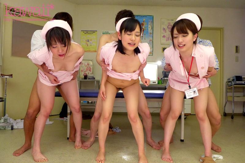 【美少女】 びちゃびちゃ潮吹きナース 3姉妹大乱交SPECIALだょ キャプチャー画像 8枚目