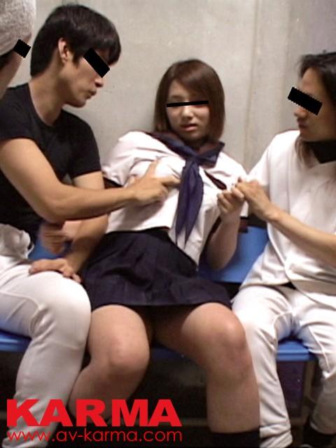 名門野球部「S」学園 美人マネージャーを集団で犯した映像