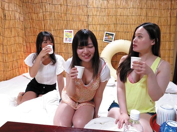 関東圏某有名海水浴場近くの民宿従業員による撮影動画 「ご自由にお飲み下さい...のサンプル画像