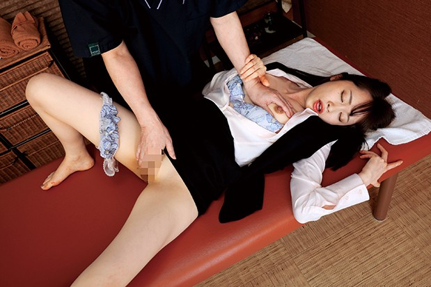 クビにされた腹いせに気高い女社長を縛って媚薬で●す。…はずが、拘束されたままケダモノ痴女化!キメセク返り討ちで逆レ×プされたボク 蓮実クレア