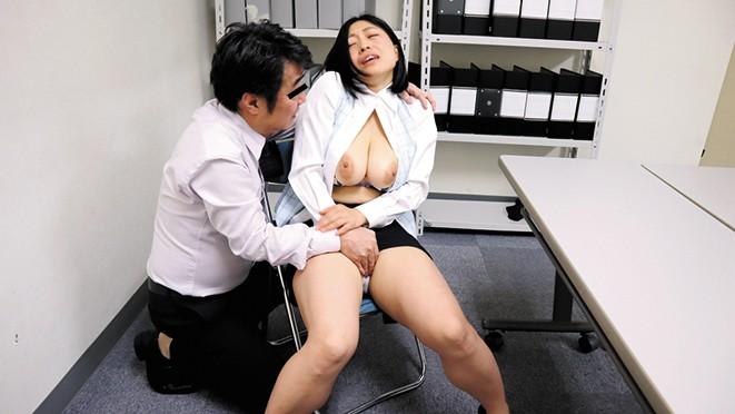 鬼畜人事担当の罠!人妻派遣社員逆らえない性交渉動画