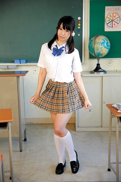 清楚でかわいい女の子をいっぱい集めました! 制服美少女 全身女体観察