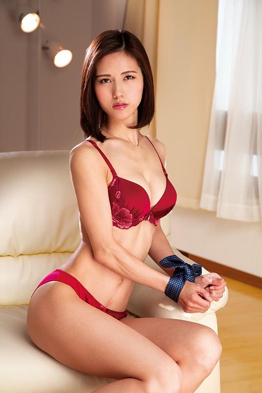 寝取られ願望のある夫と義弟の罠に嵌まったスレンダー妻 武藤あやか