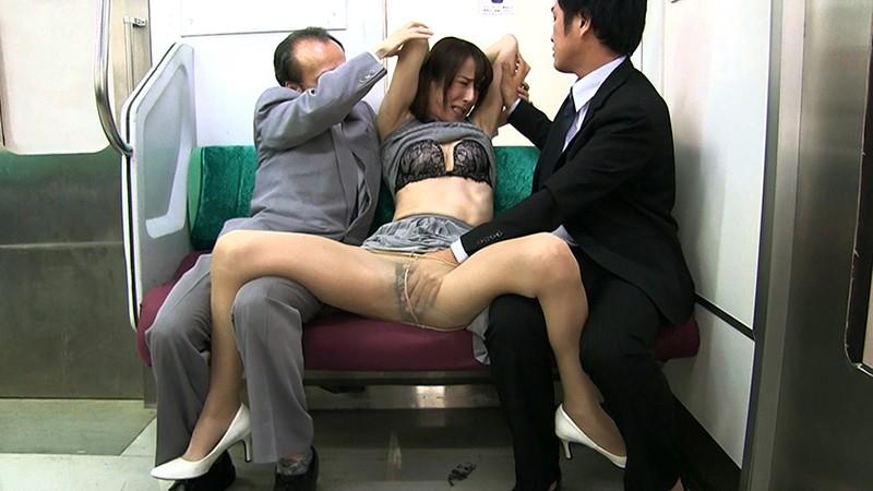 痴漢オークションに堕ちた女 ・女編集者レイコ 澤村レイコ 1枚目