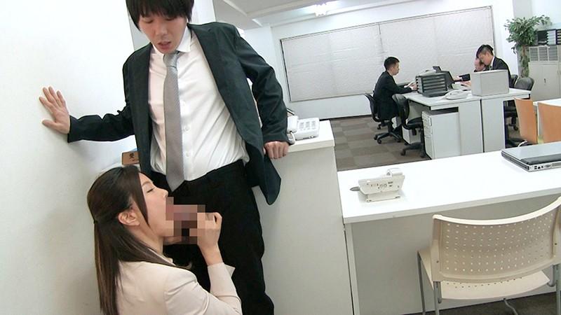 女上司仁美さんの艶やかスーツとツルてろサテンブラウス いいなり部下のチ○ポを仕事中にコッソリ味見する上司編 片瀬仁美 5枚目
