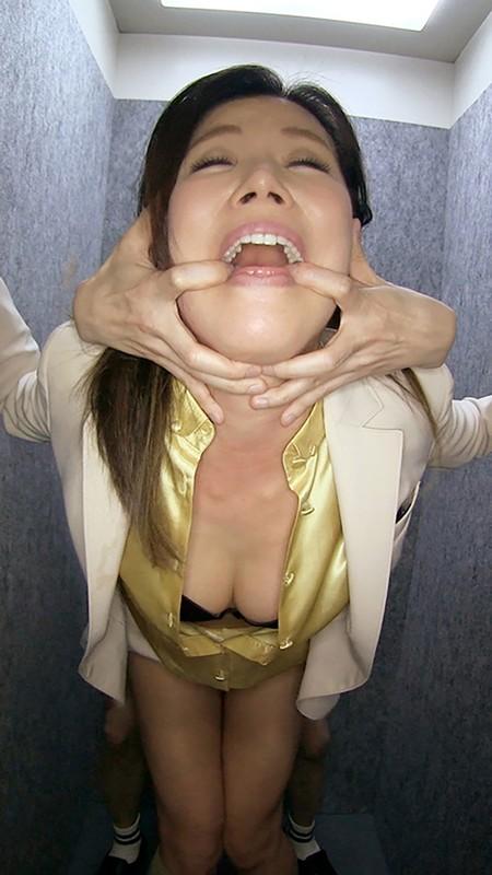 女上司仁美さんの艶やかスーツとツルてろサテンブラウス いいなり部下のチ○ポを仕事中にコッソリ味見する上司編 片瀬仁美 8枚目