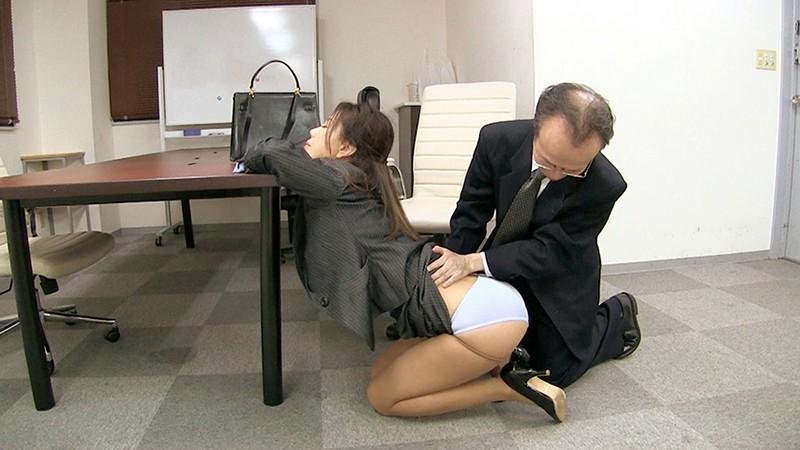 女上司仁美さんの艶やかスーツとツルてろサテンブラウス 酔い潰れた女上司にイタズラ編 片瀬仁美 8枚目