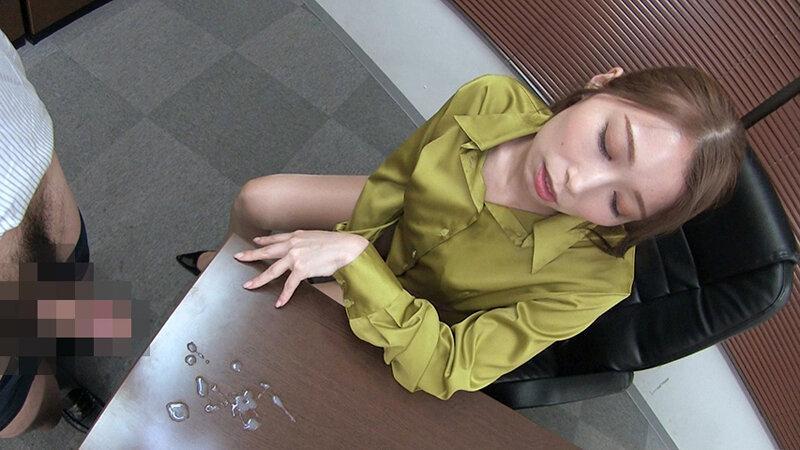 夫のオフィスでヤラレたいの…社員達との輪姦SEXに酔いしれる社長夫人~ぶっかけ!つるつるサテン美女ハードコア~(後編)妊活中出し輪姦 佐伯由美香