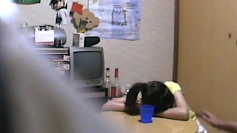 女子○学生 家庭教師の中出し盗撮投稿|無料エロ画像9