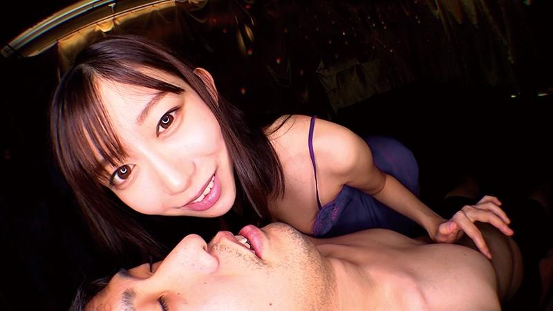 密着しながら淫語で誘惑する痴女お姉さん 西田那津|無料エロ画像2