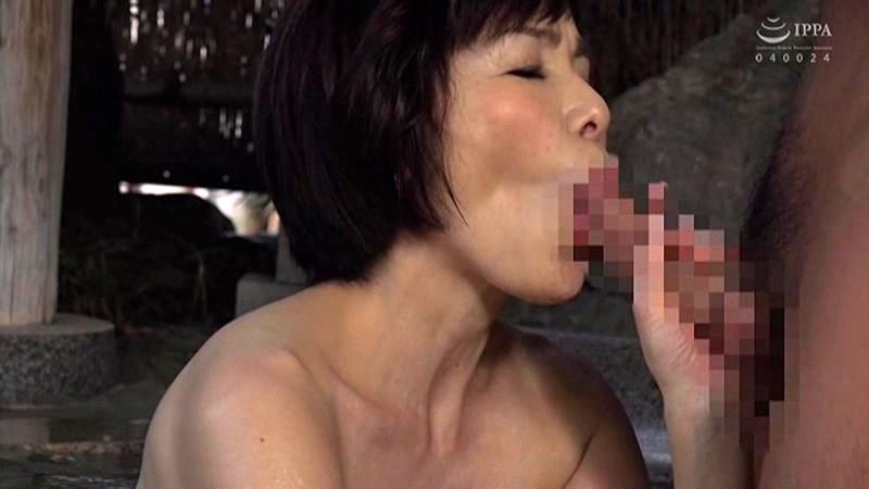 孫と行く禁断の温泉旅行 お婆ちゃんのプリプリお尻に勃起して 内原美智子 5枚目