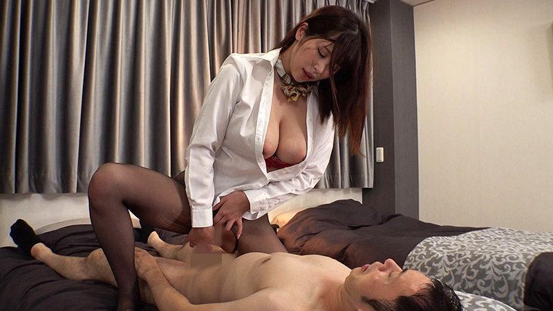 巨乳ホテル客室員 密室ナマ性交 Go to セックス宿泊プラン