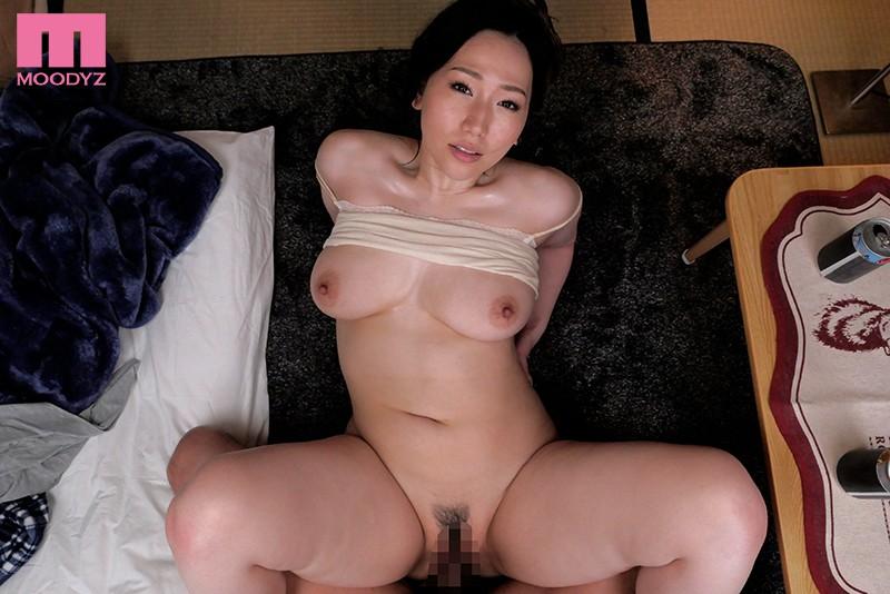 佐山愛,mdvr00147,ハイクオリティVR,中出し,人妻・主婦,巨乳,痴女
