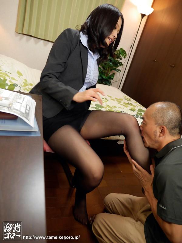 働く人妻 夫で満たされない性欲を仕事の合間に穴埋めする美人妻 藤江由恵 画像7