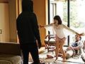 強盗から僕を助けてくれた人妻が反撃にあって犯●れてしまったのを見てクズ勃起 川上奈々美