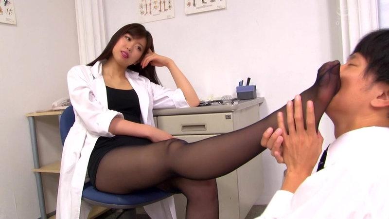 M男がみんな夢中になる保健室のアナル責め先生 宮村ななこ
