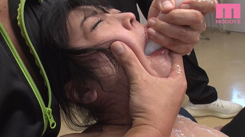 口内暴力イラマチオ学園 ムカツク女教師を喉射ごっくん輪●