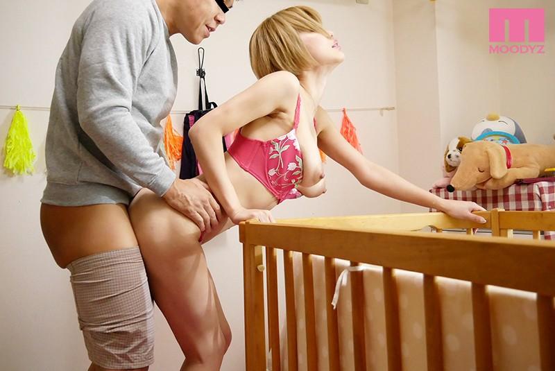 どんなオンナでも淫女に堕ちる凄まじい「産後の快感」! 産後処女を義父に奪われ一度イッたら痙攣アクメが止まらなくなる妻 君島みお