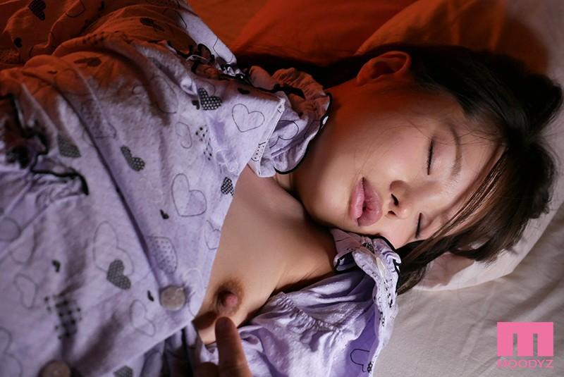 性の知識のないAカップ姪っ子が、僕の遊びを真に受けて、 微乳刺激でビクビク痙攣!乳首こねくり媚薬オイルマッサージ 松本いちか