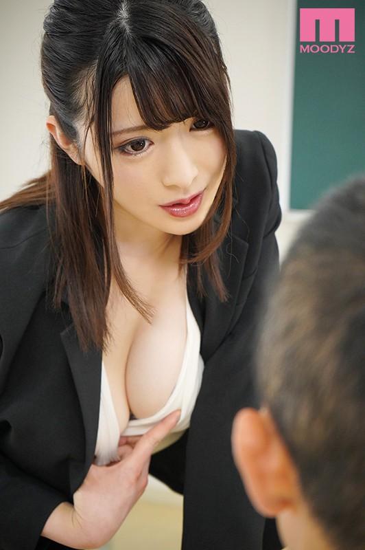 先生のおっぱいHカップなんだけど触ってみる?-彼女がいる生徒をパイズリ連射で逆NTR女教師- 辻井ほのか