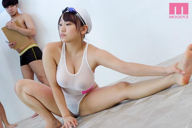 スピードアップの極薄水着で透け巨乳誘惑しっぱなし3泊4日水泳合宿 姫咲はな