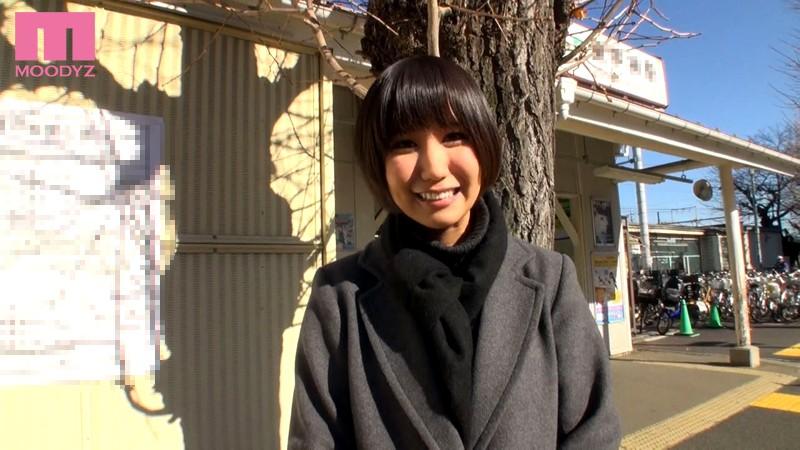 【ドキュメンタリー】 湊莉久が地元の知ってる人達とガチでセックス キャプチャー画像 1枚目