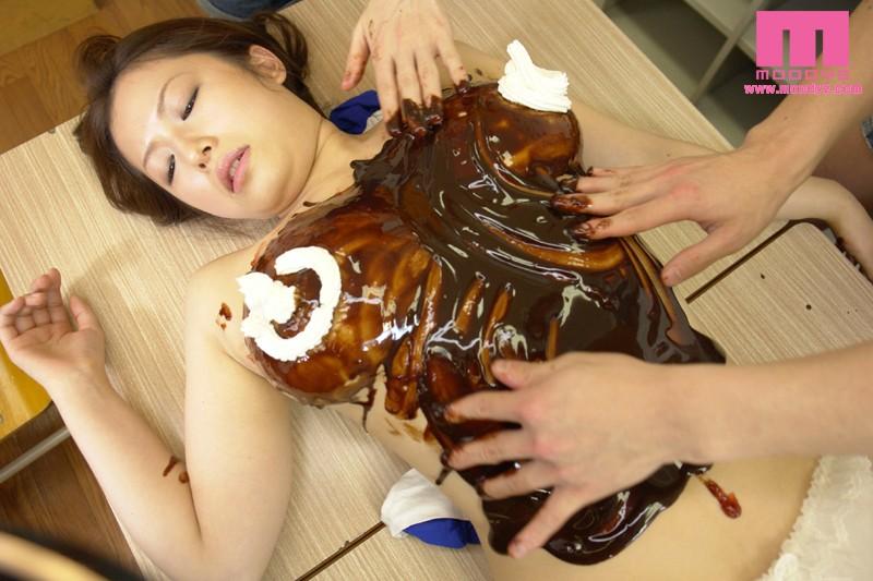 スキだらけのボインとイタズラ小○生 花井メイサ