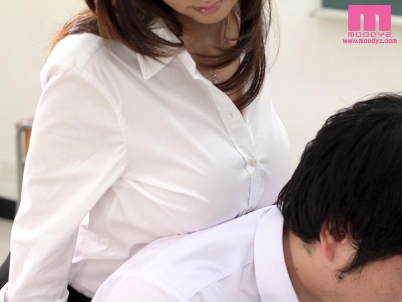 爆乳女教師の勝手に誘惑ノーブラ授業 菅野さゆき サンプル画像 3