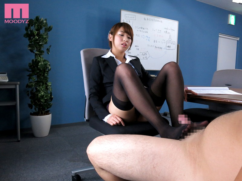 【お姉さん】 美脚フェティッシュ 秋山祥子 キャプチャー画像 6枚目