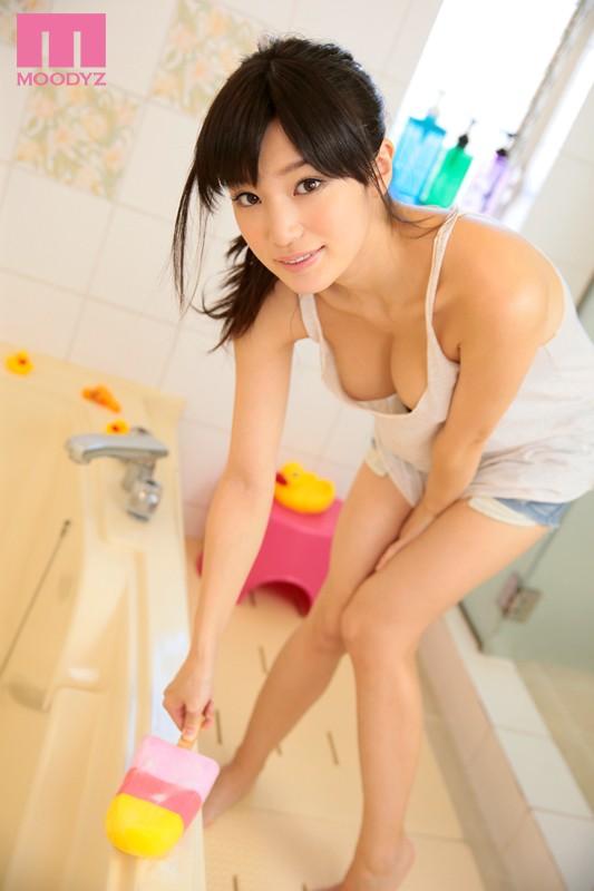 高橋しょう子 「グラビアアイドルの世界最高お姉ちゃん」 サンプル画像 1