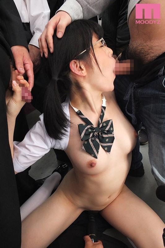 満員痴漢アクメ-逃げ場無し大量オヤジ輪姦- 志田雪奈 3枚目
