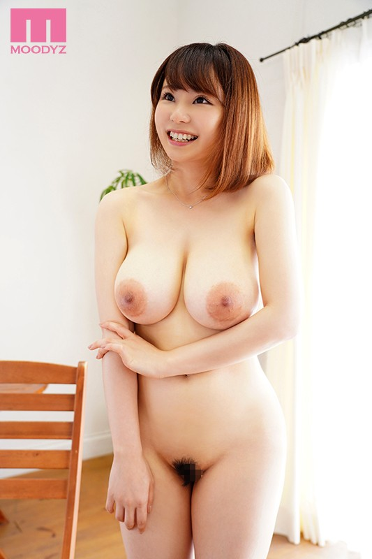 MIDE-706 Studio MOODYZ - She Used To Be A Popular Child Actress, And Now She's Grown Up To Become An H-Cup Titty Adult Video Actress Making Her Adult Video Debut Fumika Nakayama