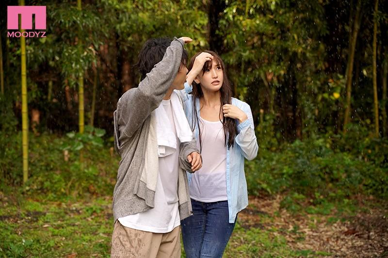 突然のゲリラ豪雨 グラドルと遭難小屋で朝まで二人きり… 高橋しょう子
