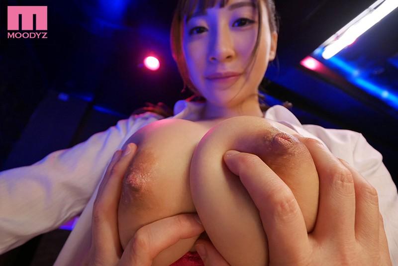 ムラムラが抑えきれずに本番しちゃう敏感Jカップおっパブ嬢 日下部加奈 サンプル画像 10
