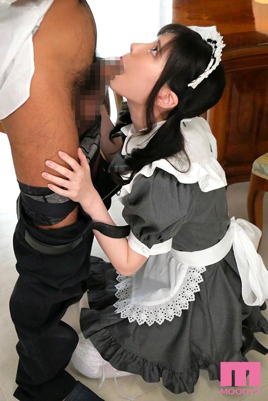 女性のための動画「「私としちゃいますか?」セックスがしてみたいという坊ちゃんの為に、いきなり騎乗位で挿入しちゃうメイドさん。」のサムネイル画像