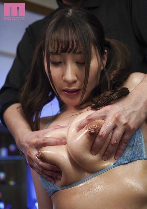 MIDE-788 Studio E-BODY - Fondle Those Slick And Slippery Divine Titties And Make Her Cum!! A Sensual Titty Stimulating Oil Massage Kana Kusakabe