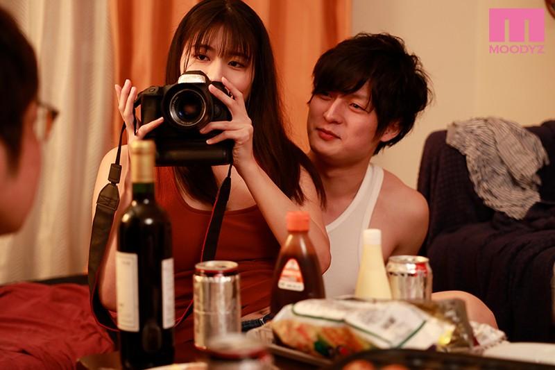 学生時代は親友の彼女で3人で雑魚寝もしてたただの女友達と大人になって再会してめちゃくちゃ中出ししまくった。 神宮寺ナオ 1枚目