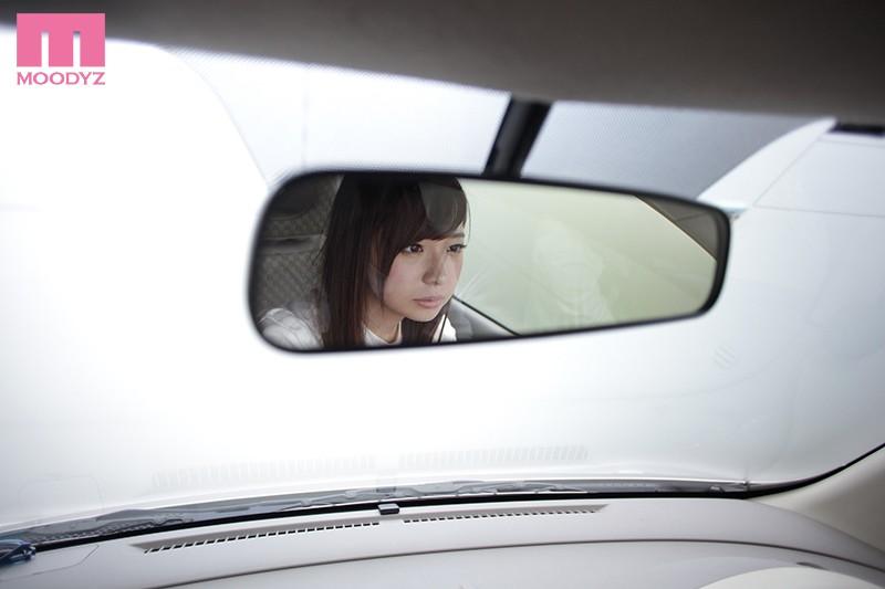 新人 地方の運転免許合宿で仲良くなった現役女子大生なぎさちゃんと再会、押しに弱かったので即セフレに持ち込んでそのままAVデビューさせちゃいました!! 白崎凪 画像1