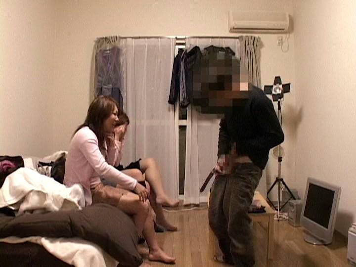 チンポを見たがる女たち36 超過激!素人娘のフェラチオ、手コキ、アナル舐め編 画像4
